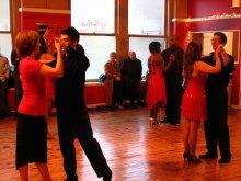 Dançar merengue